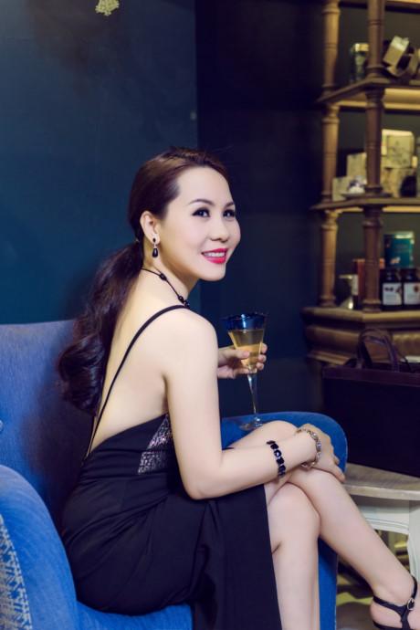 Nữ hoàng doanh nhân Kim Chi bật mí cách tạo nên vẻ quyến rũ - VTC