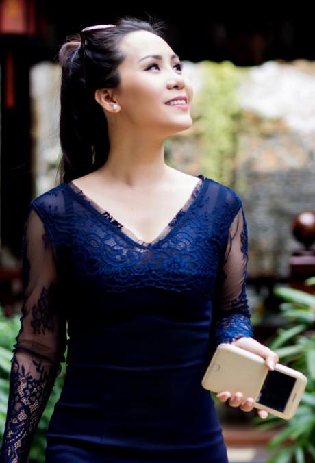 Nu hoang doanh nhan Kim Chi: Showbiz Viet on ao, lam thi phi - Anh 2