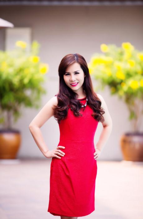 Nu hoang doanh nhan Kim Chi: Showbiz Viet on ao, lam thi phi - Anh 3