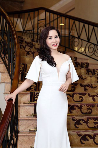 Thoi trang long lay, ton voc dang cua Nữ hoàng Doanh nhân Ngô Thị Kim Chi - Anh 3