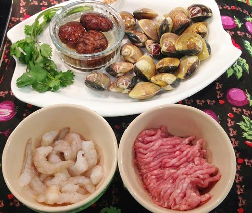 Cách làm ngao nhồi tôm thịt hấp lạ miệng thơm ngon
