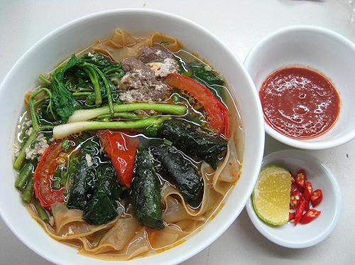Mê mẩn cùng ẩm thực ngon nức tiếng vùng đất cảng - VietQ