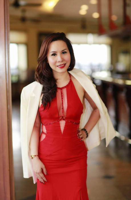 Nu hoang doanh nhan Kim Chi lap lo vong nguc sexy - Anh 3