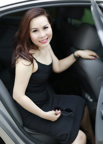 Nu hoang Kim Chi dep rang ro xuong pho - Anh 3