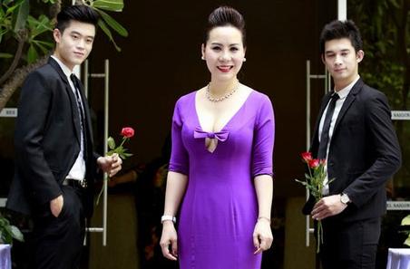 Nữ hoàng Doanh nhân Ngô Thị Kim Chi hội ngộ hoa khôi Lan Khuê