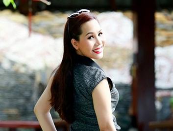 Nữ hoàng Doanh nhân Ngô Thị Kim Chi xinh đẹp dù không xài hàng hiệu